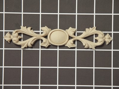 "Scroll with Shield Center - 6"" W x 1-1/4"" H x 3/8"" Thick - Architectural Decoration"