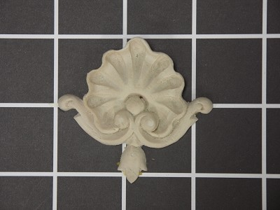 "Shell Center - 2-1/4"" W x 2-1/8"" H x 1/2"" Thick - Architectural Decoration"