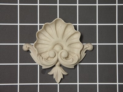 "Shell Center - 3-5/8"" W x 3-1/4"" H x 1/2"" Thick - Architectural Decoration"