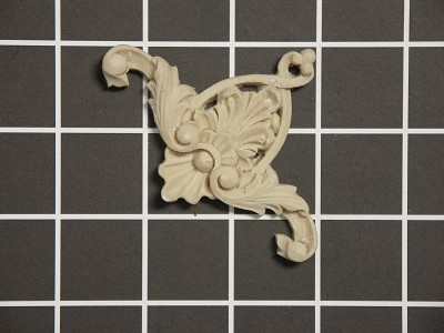 "Carved Shell Corner with Acanthus Swags - 2-1/2"" W x 2-1/2"" H x 3/8"" Thick - Architectural Decoration"
